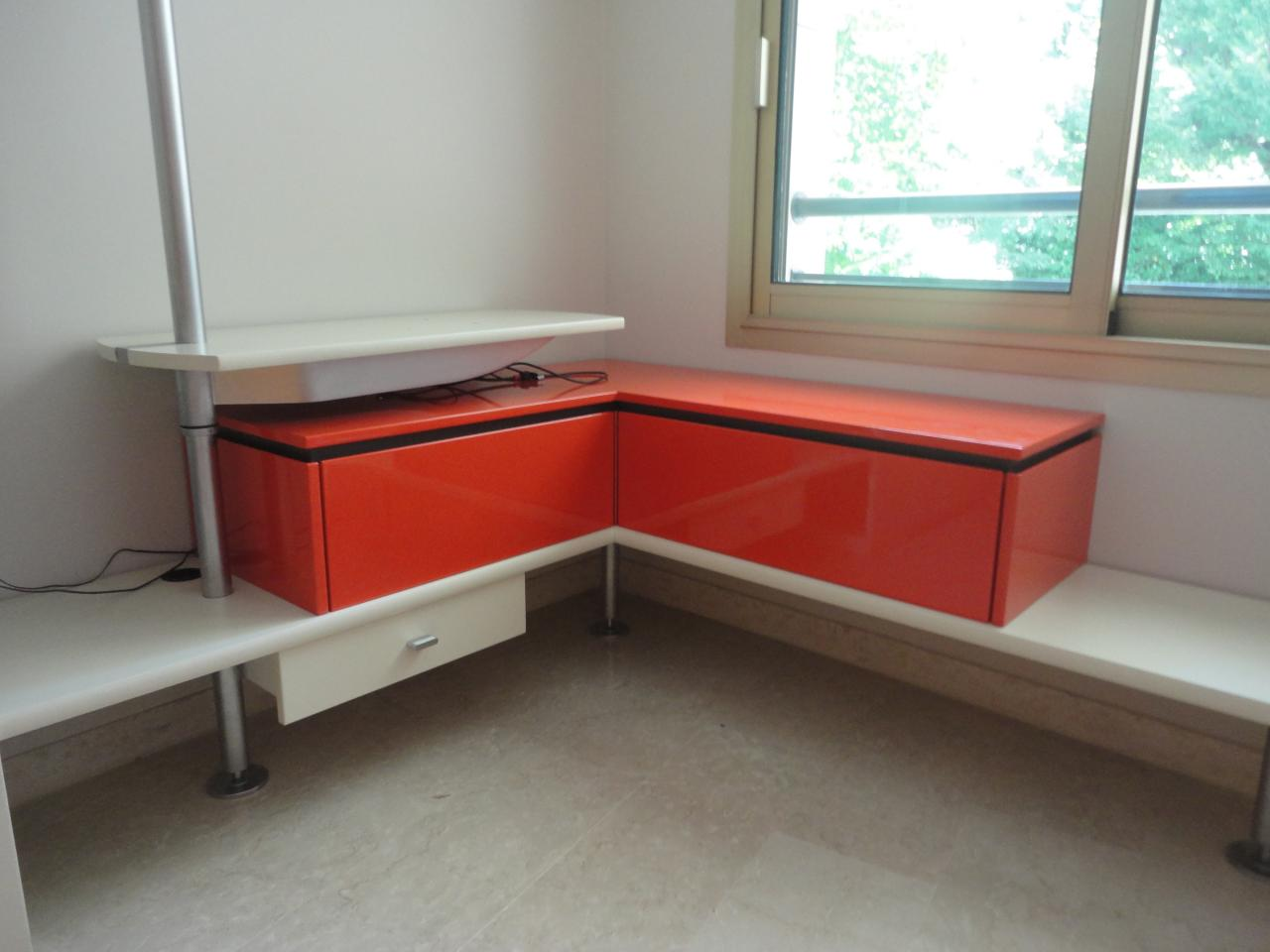Meuble salon sur mesure fabriqué dans notre atelier.